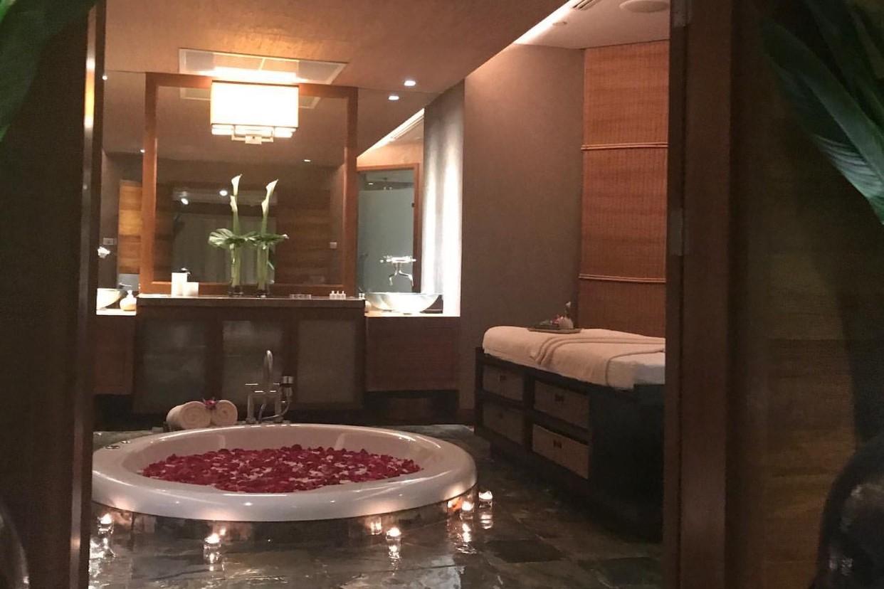 コンラッドホテルのラグジュアリーな空間にうっとり♡